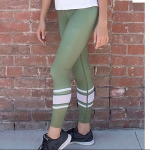 Zyia Leggings Small Green Army Mesh Light N Tight High Rise Cropped Workout